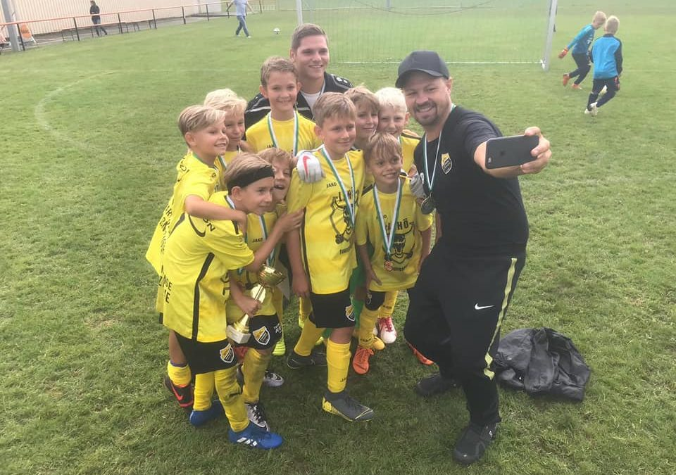 Jugendfußball Turnier Spaß   LAHÖ Youngsters